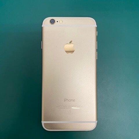 張小姐 iPhone 泡水不能開機