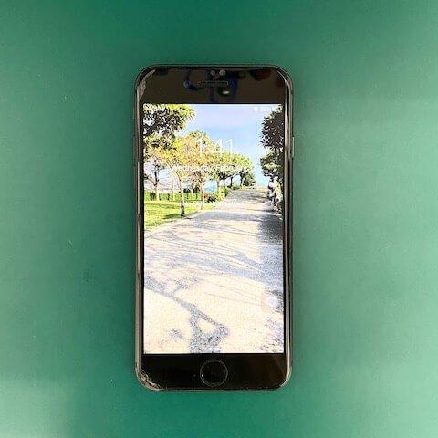王小姐 iPhone 無法開機