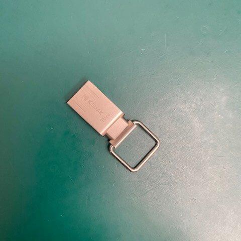 陳先生 USB隨身碟 目錄損毀