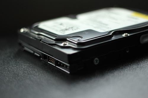 傳統式硬碟用於資料備份開機就可以使用