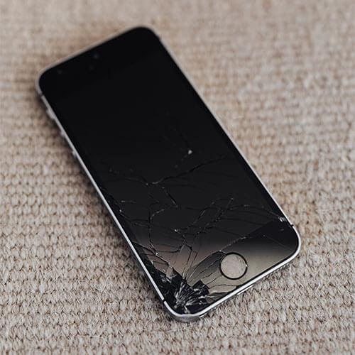 iPhone螢幕破碎面板無法控制資料需要救援